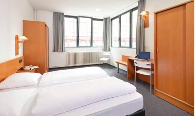 Century Hotel Antwerpen & Gr8 Hotel Oosterhout