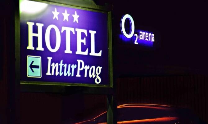 Hotel Inturprag***